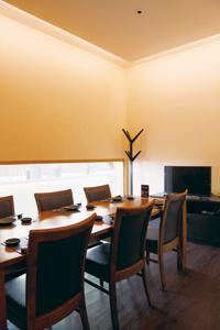 個室は5室用意。プライバシーが確保された空間で、大切な人との食事を堪能できる